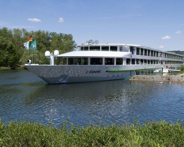 Busreis & Cruise Op De Donau | Flamingo-busvakanties.be